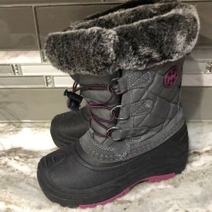Khombu Haily  waterproof insulated boots new sz 1
